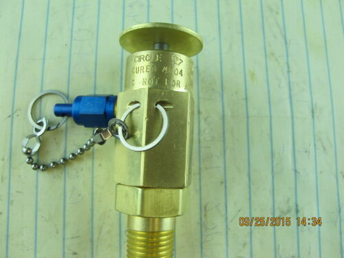 "Hydraulic Oil Sampling Valve ¼"" NPT 300 PSI 275.0 deg Fahrenheit Push Button"