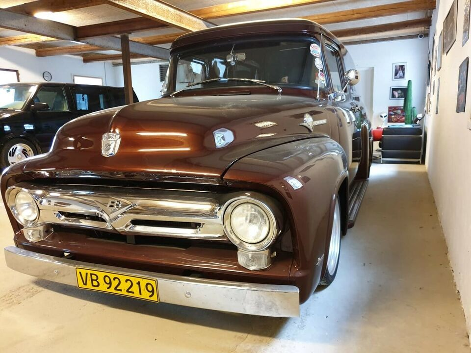 Ford F100 Delivery, V8