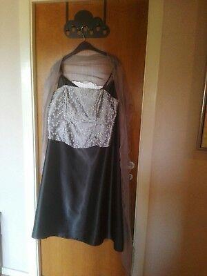 7fcaf88f 2-Delt | DBA - billige og brugte kjoler