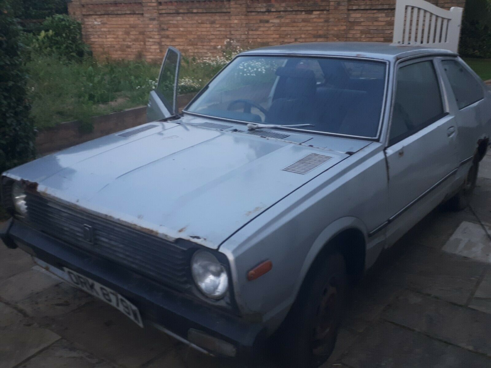 1980s classic Datsun Cherry restoration project or spares