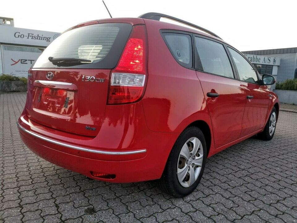 Hyundai i30 1,4 CVVT Blue Drive Benzin modelår 2010 km 77000