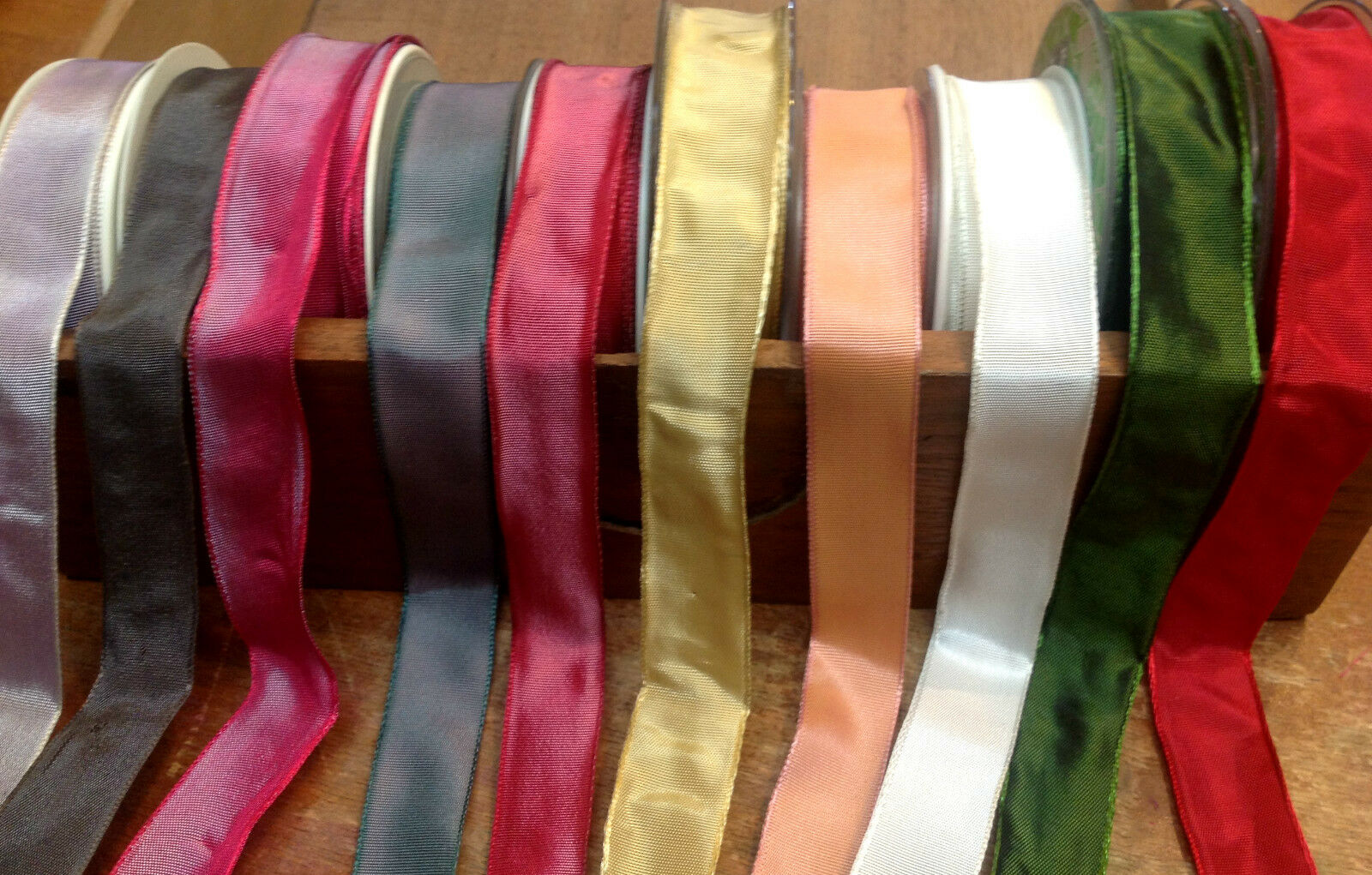 """10 yards 1 1//2/"""" Pink Velvet Ribbon Fabric Made in France All Rayon"""