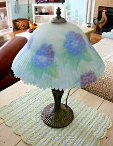 Glynda Turley peint à la main abat-jour en verre Floral Hydrangea Lampe de table Tiffany
