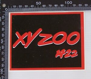 VINTAGE-XYZOO-1422-AM-AUSTRALIA-SOUVENIR-RADIO-PROMO-CAR-BUMPER-STICKER