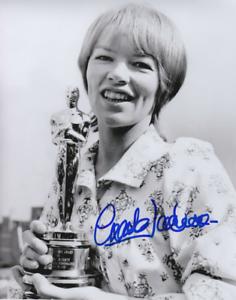 Glenda Jackson signed Oscar 8x10 photo