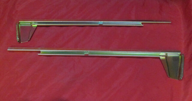 1967-1972 CHEVROLET GMC PICKUP TRUCK SUBURBAN RIGHT & LEFT DOOR GLASS CHANNELS