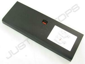 Neu Dell Precision 15 7000 7720 Laptop Dockingstation Port Replikator Spacer