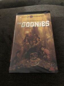 The Goonies Vhs Clam Shell Spielberg Rare Screening Copy Ebay