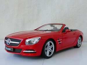 De Mercedes-benz Sl 500 Rouge 1/18 Welly Nexmodels 18046c-rt R231 Mercedes
