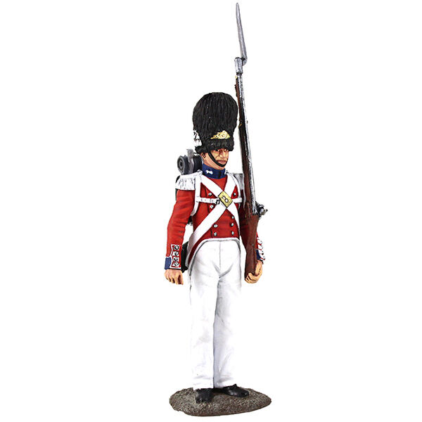 BRITAINS SOLDIERS MUSEUM 10048 - British Grenadier Guardsman, 1831