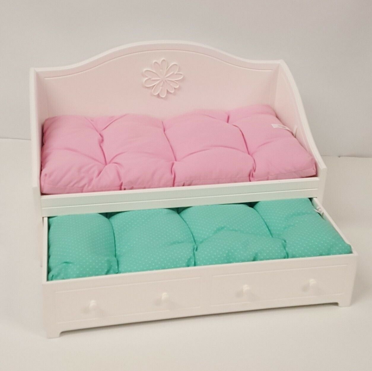 American Girl Doll Dreamy Daybed