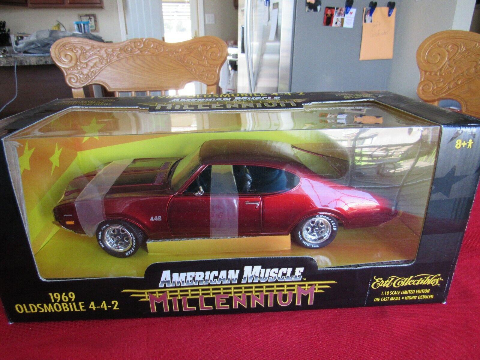 NIB American Muscle Millenium 1969 Oldsmobile 4-4-2 1 18-Candy Apple rot