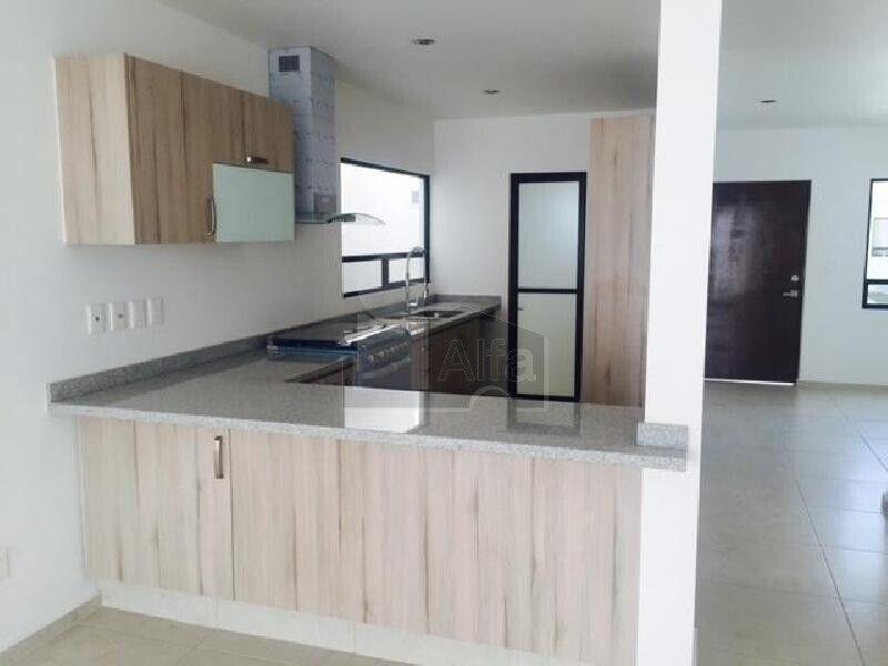 Casa sola en renta en Residencial el Refugio, Querétaro, Querétaro