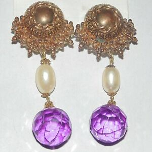 Vintage-huge-long-dangle-ornate-plastic-faux-pearl-acrylic-crystal-clip-earrings