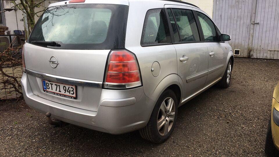 Opel Zafira, 1,9 CDTi 150 Cosmo 7prs, Diesel