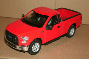 1-24-Scale-2015-Ford-F-150-XL-Regular-Cab-Pickup-Truck-Model-Welly-24063-Red