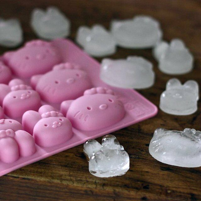 Hello Kitty Shaped Cube  Ice Tray Ice Cubes DIY Mould Pudding Jelly Mold Silicon