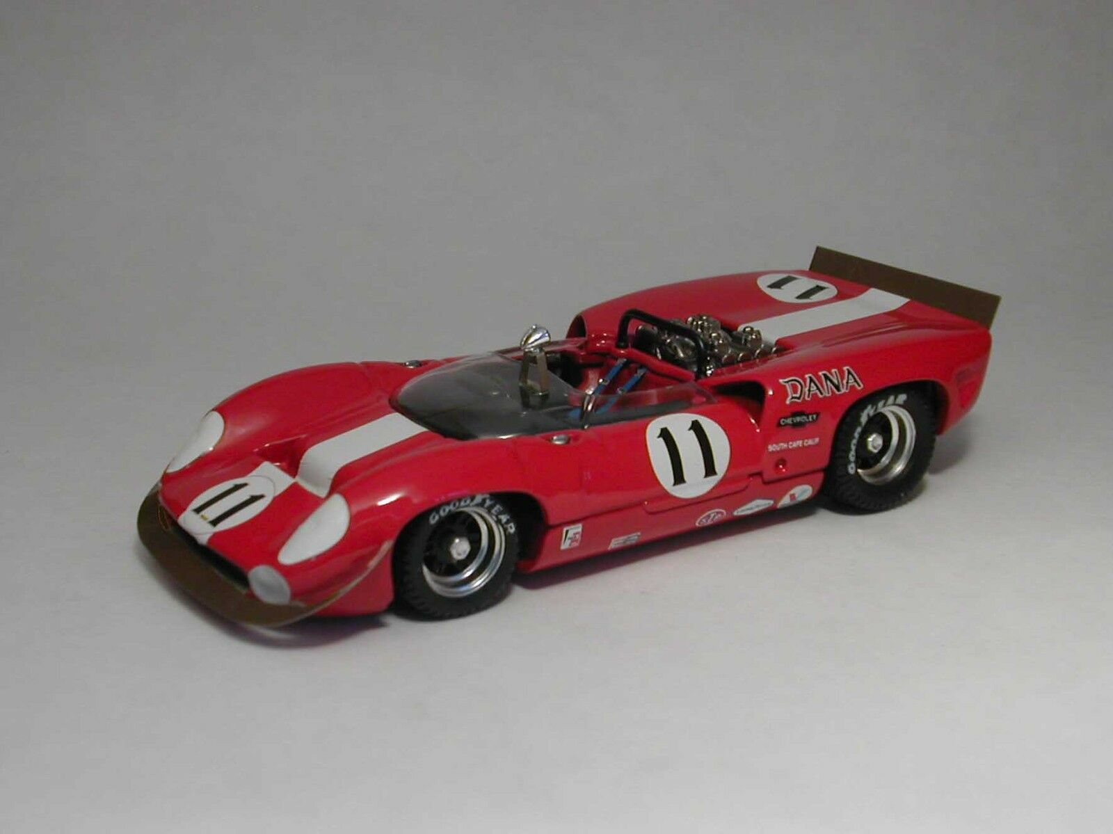 Lola t70 Spyder  11 à la retraite Can-Am Laguna Seca 1967 L Motschenbacher 1 43 MODEL