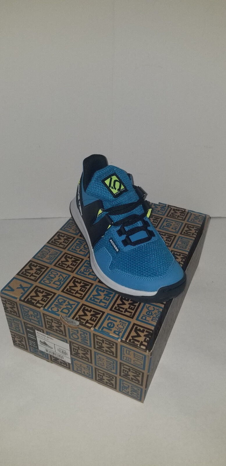 NEW Five Ten Men's Access Mesh Solar bluee Size 8.5