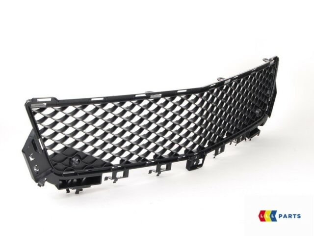 NEW GENUINE MERCEDES BENZ AMG C63 W204 FACELIFT FRONT BUMPER CENTER GRILL