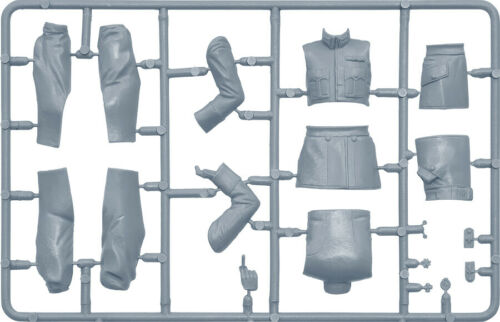 German pilot-ace Ernest Udet World War I 1//16 Scale Plastic Model Kit MA16030