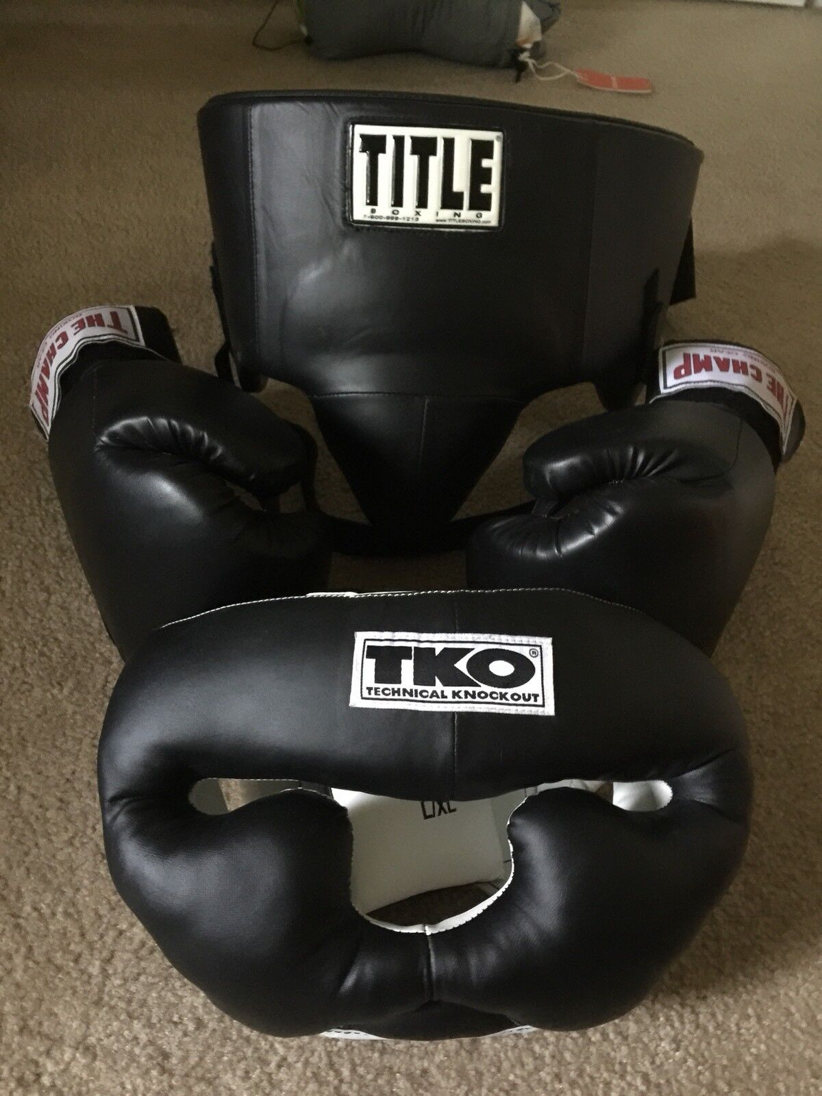 Boxing gear Lot - Only Used  Once   no.1 online
