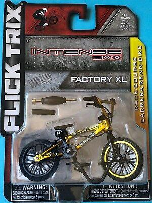 """NEW Flick Trix Bmx Mini Finger Bike /"""" UNITED /"""" Alloy model bikes KM11C"""