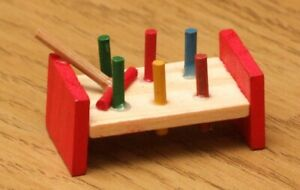 1:12 Dolls House Peg in hole game