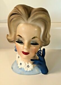 Vintage-Napcoware-Napco-Lady-Head-Vase-Blue-Daisies