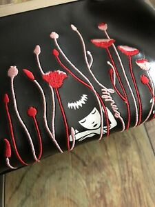 Dolls-Kill-Emily-the-Strange-Hot-Topic-Rare-Vinyl-Purse-Small-Adorable