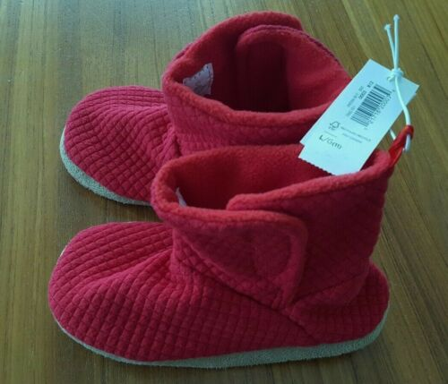 NEW Kids Small *7-8*  OLD NAVY Jersey Red Slippers Toddler Cozy 3T