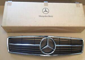 Mercedes-W126-C126-Coupe-2-Serie-Rahmen-Chrome-Schutz-Gitter