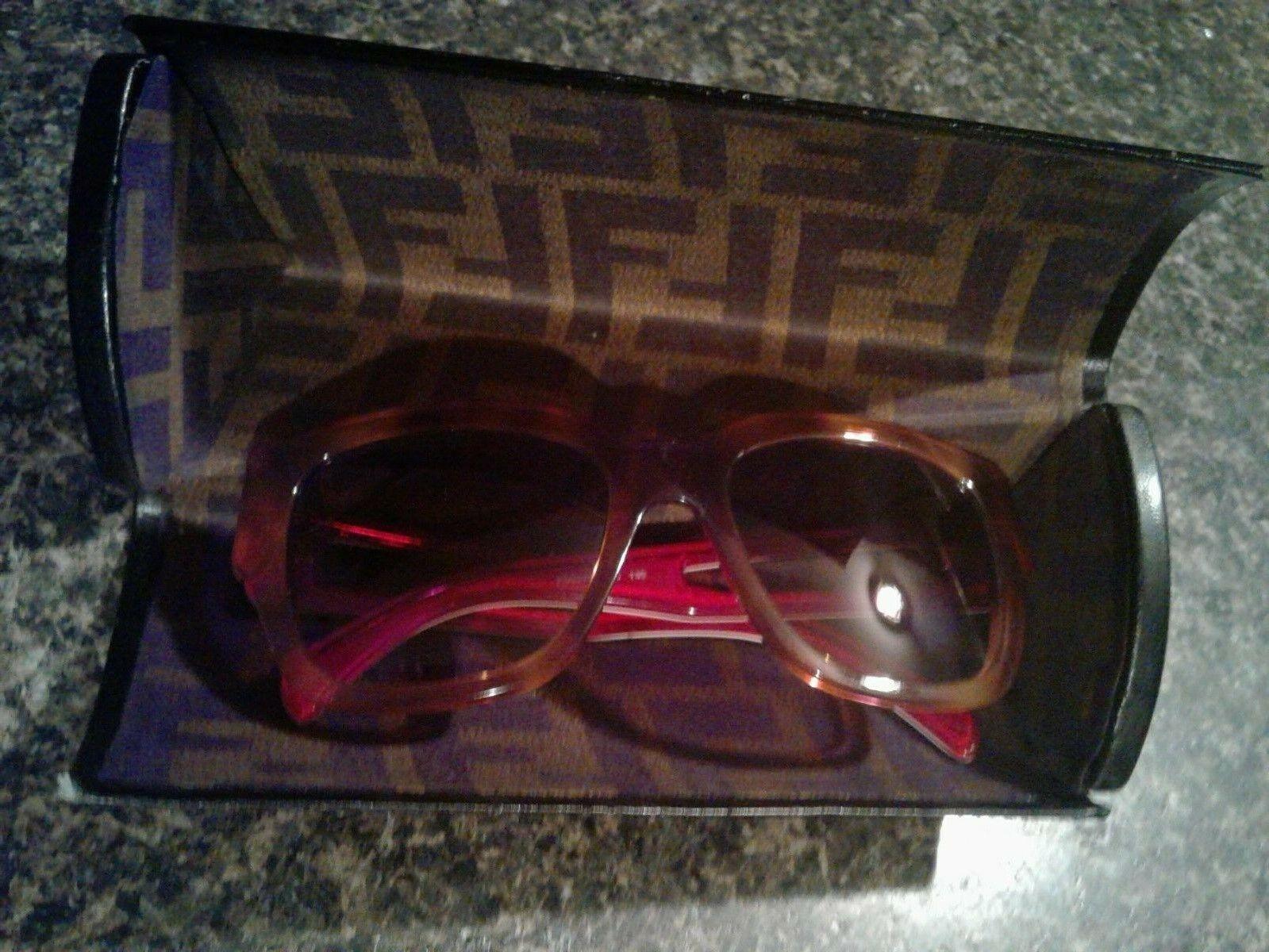 FENDI FS5276 215 Blonde Havana Brown Square Gradient Sunglasses