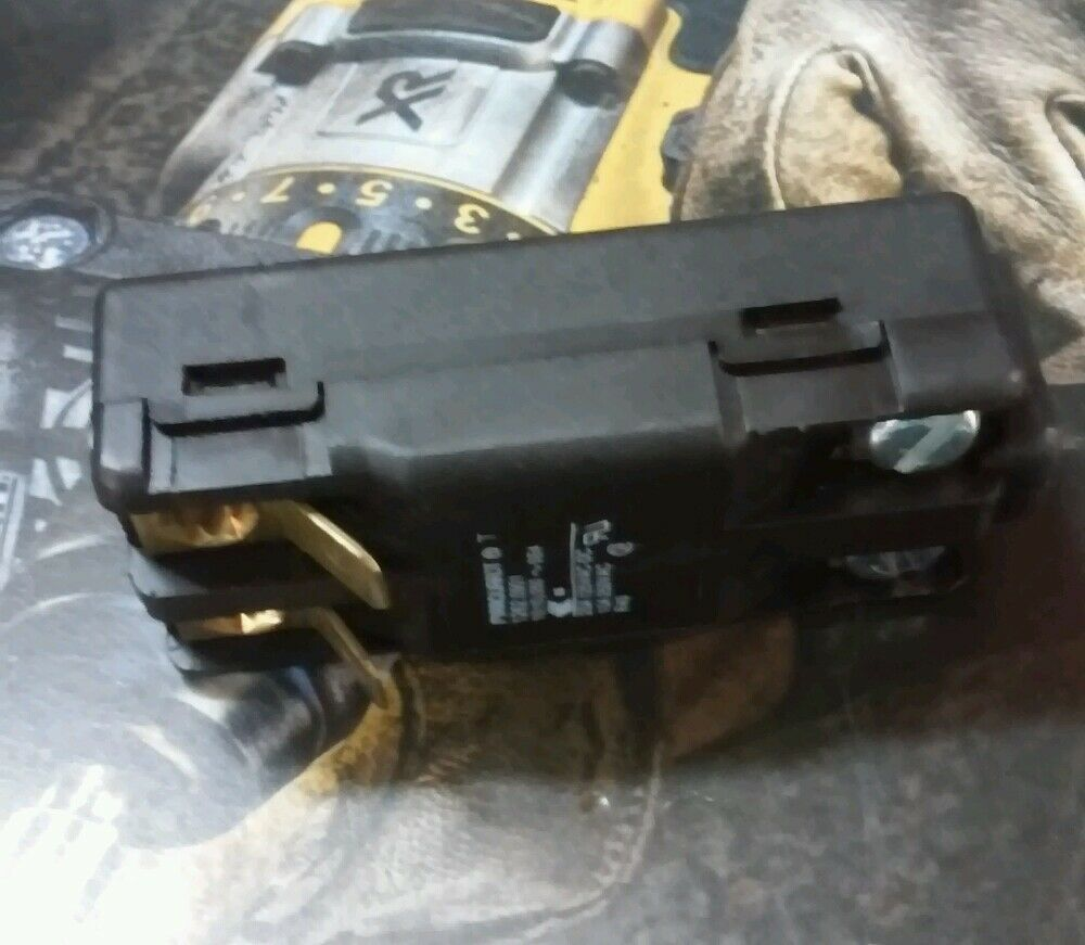 DEWALT 868128-00 SWITCH FOR PLUNGE ROUTER