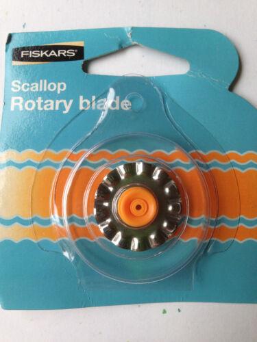 Fiskars 28mm Rotary Cutter Blade (F) - Scallop- 9914 - NEW