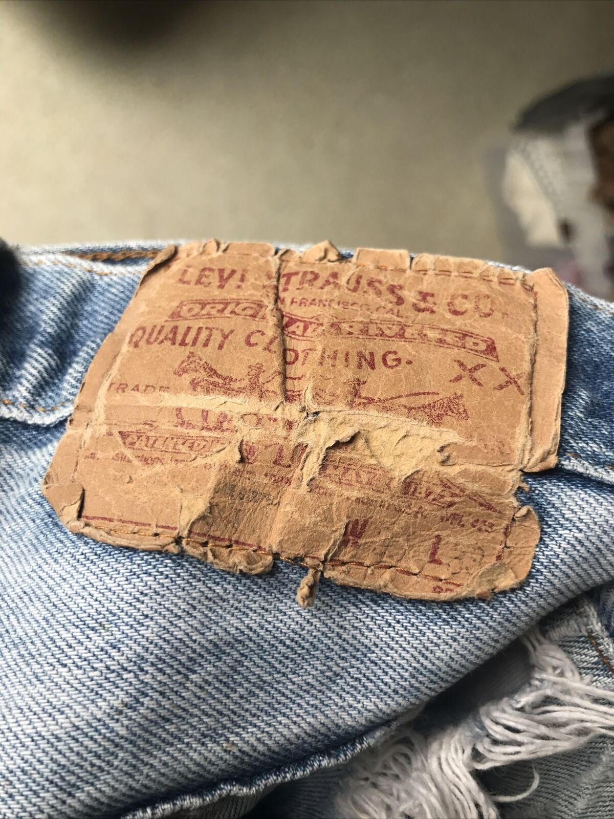 Vintage 90's Levi's 501 33x29 Relaxed Fit Light W… - image 11