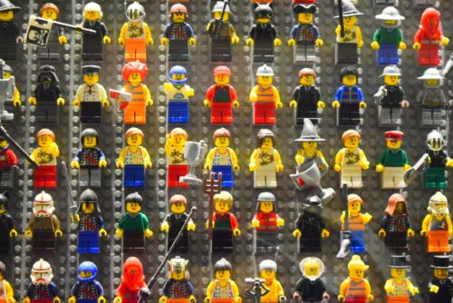 ☀️NEW TWENTY RANDOM Lego Minifigure W/ 20 Accessories From Huge Lot  minifig