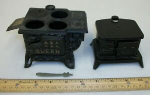 2-Vintage-Cast-Iron-Toy-Cook-Stoves-Salesman-039-s-Samples-Queen-amp-STAR