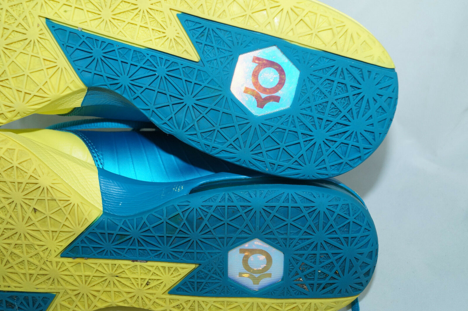 NIKE Air Zoom KD VI Durant SONIC YELLOW GR: 42 - 41,5 basket low Tops