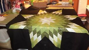 FAIRY-FROST-GREEN-on-BLACK-Quilt-Top-Made-in-USA-Machine-Pieced
