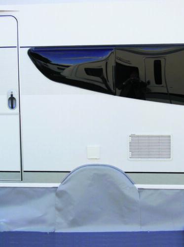 Hobby Premium 2011-2014 Roue Couverture Sol Tablier 500 cm coupe