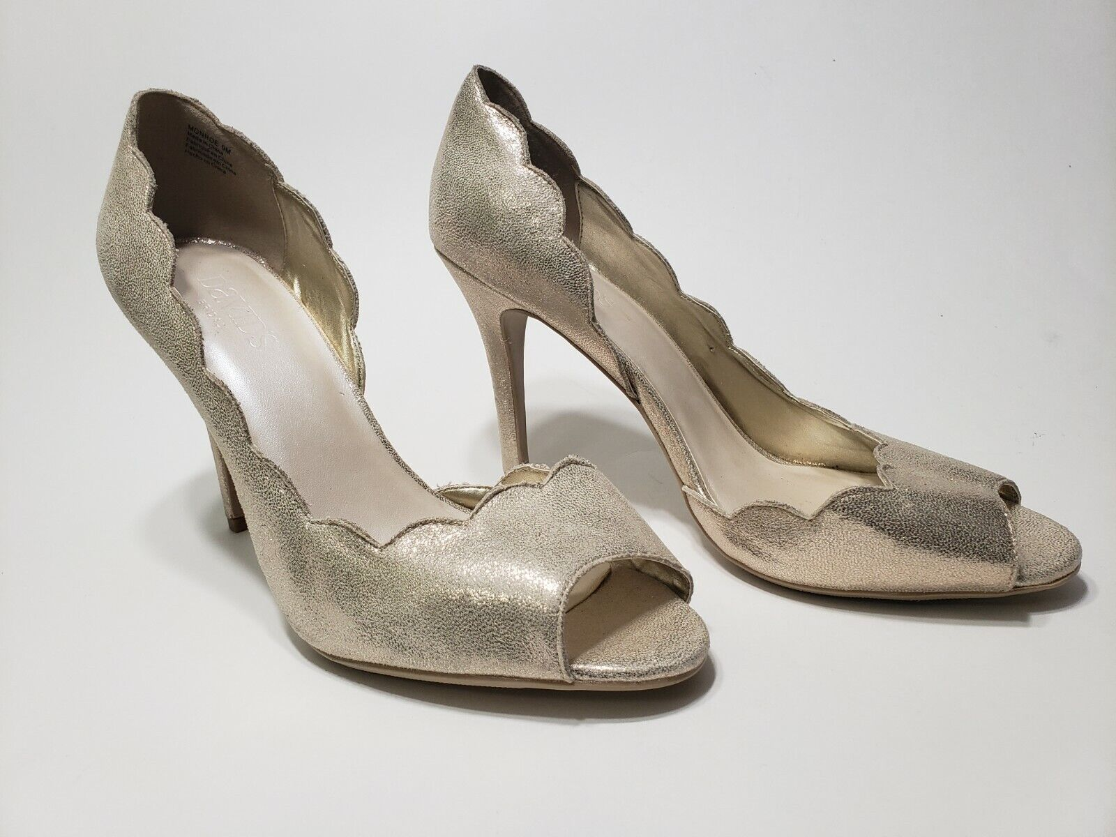 David's Bridal Open Toe Scalloped Shimmering Pumps Wedding Heels Size 9