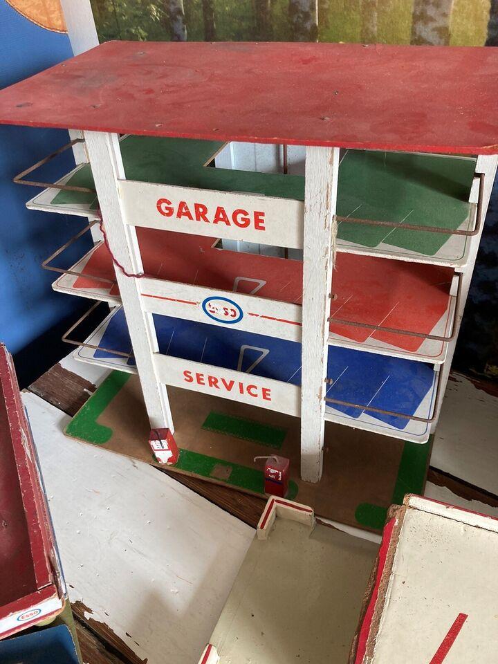Garage, Esso