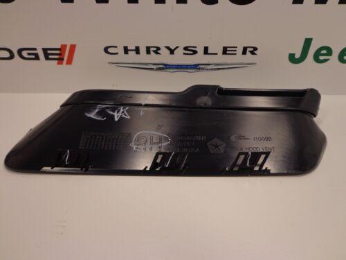15-16 Dodge Challenger New Hood Bezel Right Side Black Mopar Factory Oem