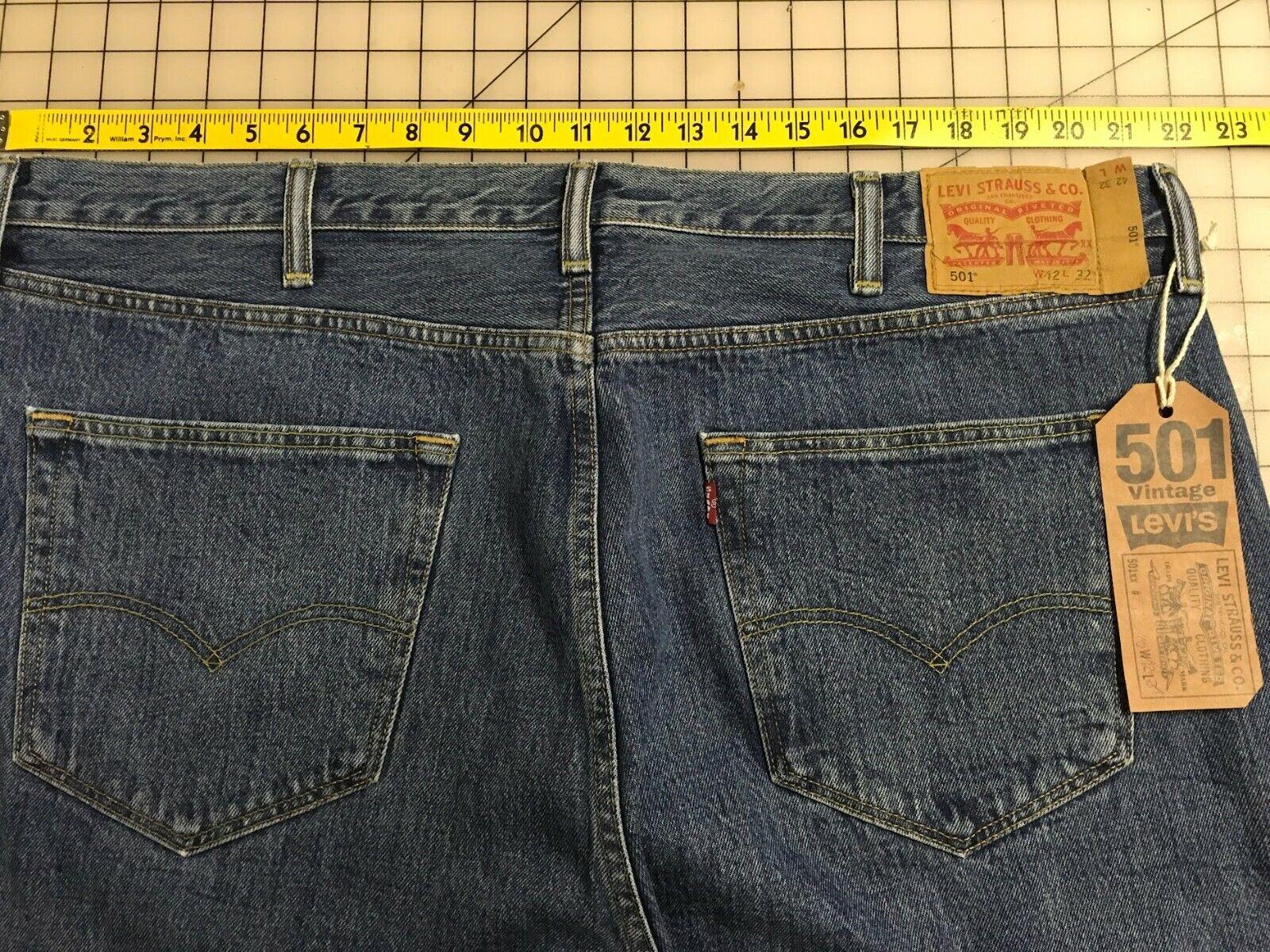 Levi's 501 Jeans Distressed Faded Denim W42 L34 8… - image 3
