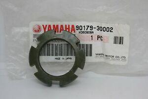Dado-sterzo-Steering-comp-nut-Yamaha-Majesty-400-04-06