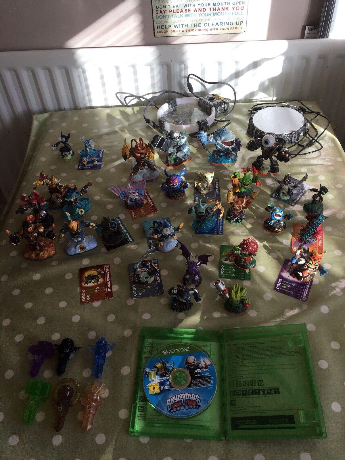 Skylanders Skylanders Piège équipe d'emploi massives Lot figures, deux portails et disque