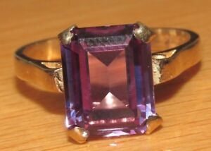 SECONDHAND-9ct-YELLOW-GOLD-CREATED-COLOUR-CHANGE-SAPPHIRE-RING-SIZE-O
