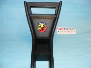 FIAT-500-F-L-R-ADATTATORE-TUNNEL-PORTA-RADIO-STEREO-PORTARADIO-LOGO-ABARTH-NERO