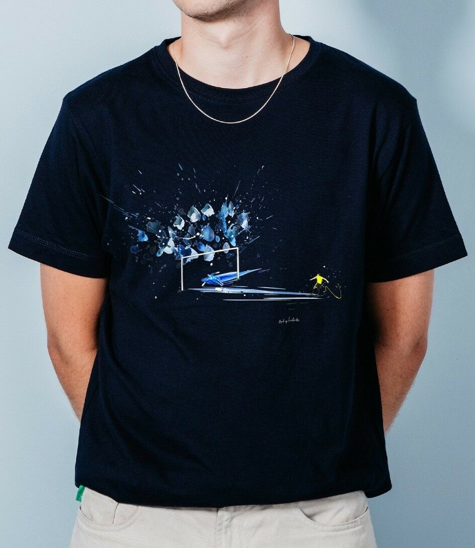 Huddersfield Town HTAFC Art Of Football Out Of The bluee Navy T-Shirt Medium